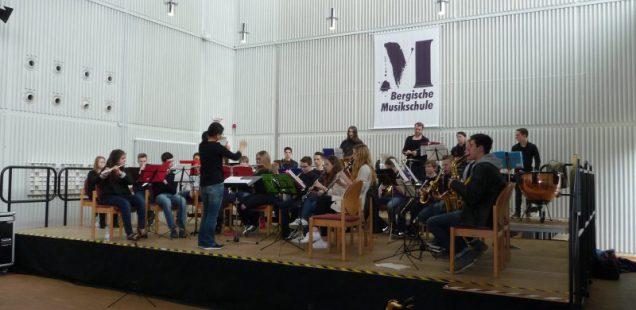 Bläserklasse trifft Blasorchester